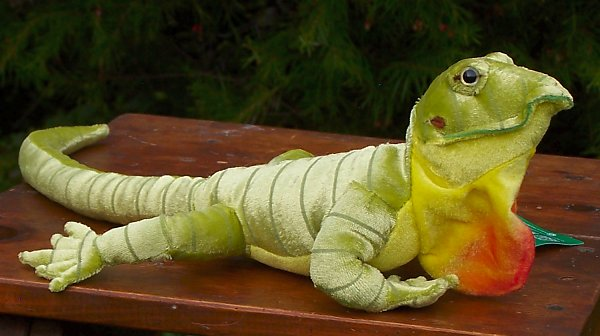 Fiesta Stuffed Plush Green Anole
